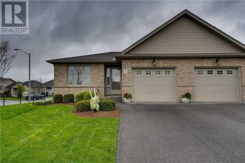 Townhouse for sale at 1 Schertzberg Ln Brantford Ontario - MLS: 30740859