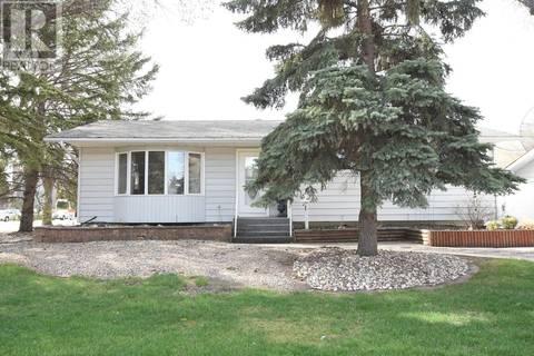 House for sale at 1 Somerville Rd Regina Saskatchewan - MLS: SK772048