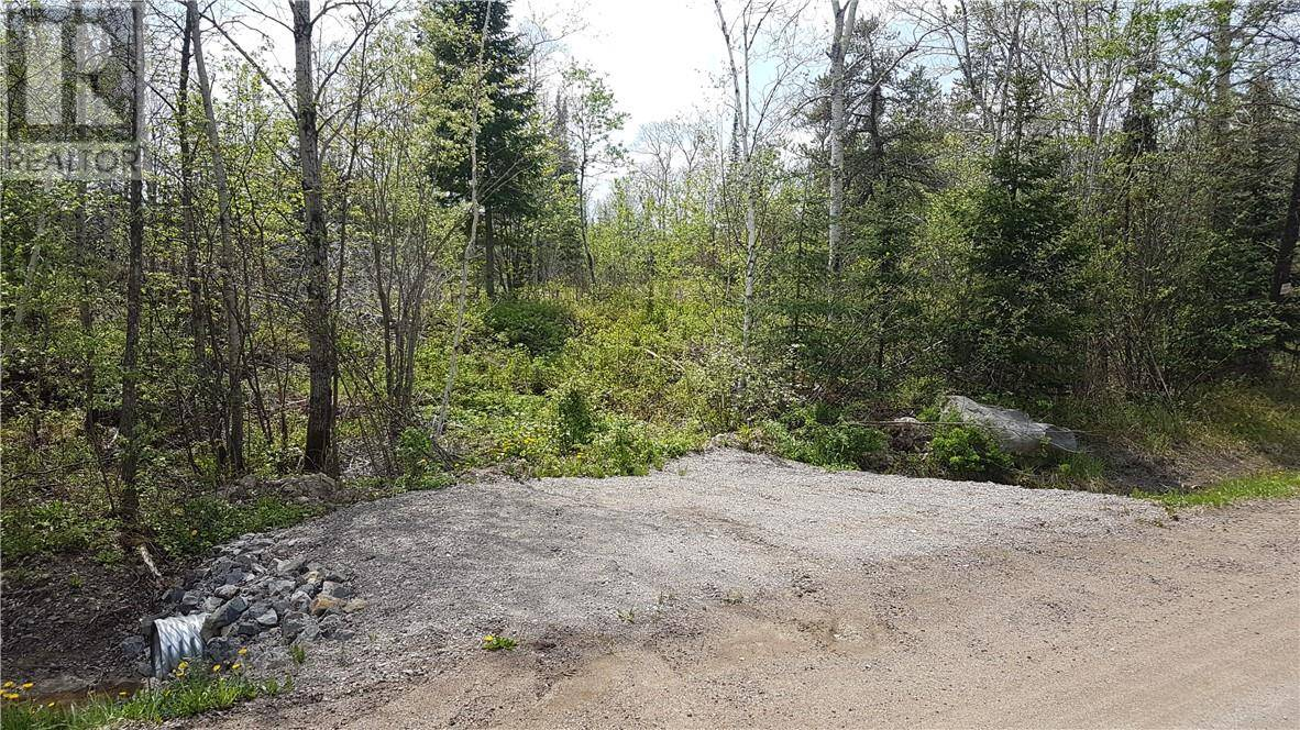 Residential property for sale at 1 Part Side Of Rd South Chelmsford Ontario - MLS: 2060433