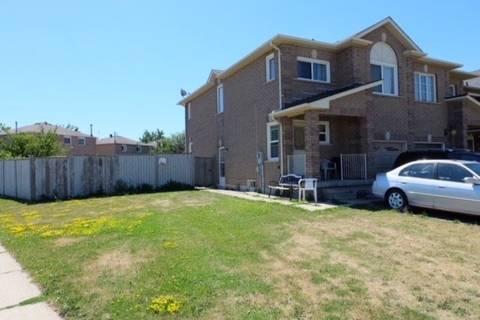 Townhouse for sale at 1 Tessler Cres Brampton Ontario - MLS: W4632069