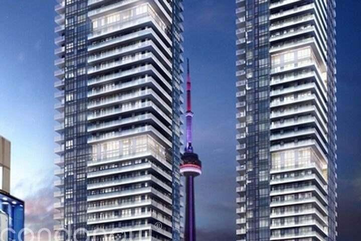 Buliding: 125 Blue Jays Way, Toronto, ON
