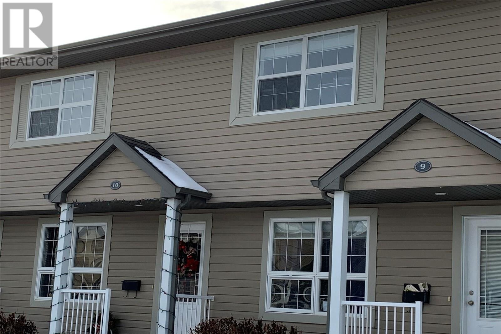 Townhouse for sale at 300 Maccormack Rd Unit 10 Martensville Saskatchewan - MLS: SK831878