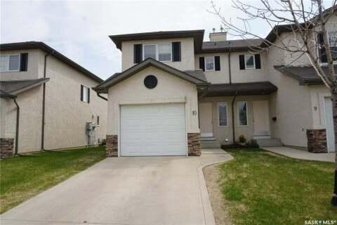 Townhouse for sale at 3101 Tregarva Dr E Unit 10 Regina Saskatchewan - MLS: SK809997