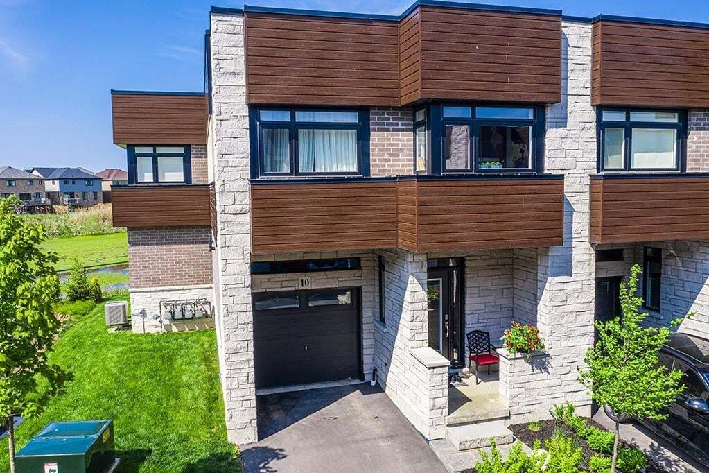 Townhouse for sale at 35 Midhurst Ht Unit 10 Stoney Creek Ontario - MLS: H4078733