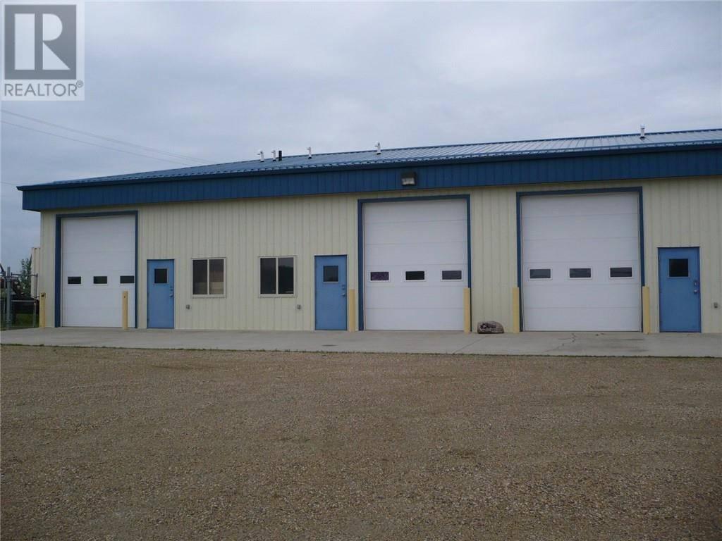 Home for sale at 3614 67 St Unit 10 Ponoka Alberta - MLS: ca0171680