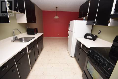 Condo for sale at 4219 Degeer St Unit 10 Saskatoon Saskatchewan - MLS: SK800203