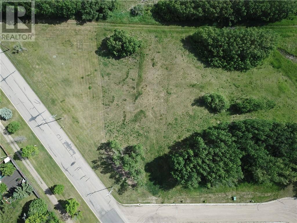 Residential property for sale at 44 Avenue Cs Unit 10 Alix Alberta - MLS: ca0158377