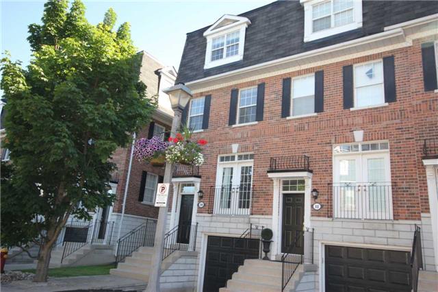 Buliding: 6 Leonard Street, Richmond Hill, ON