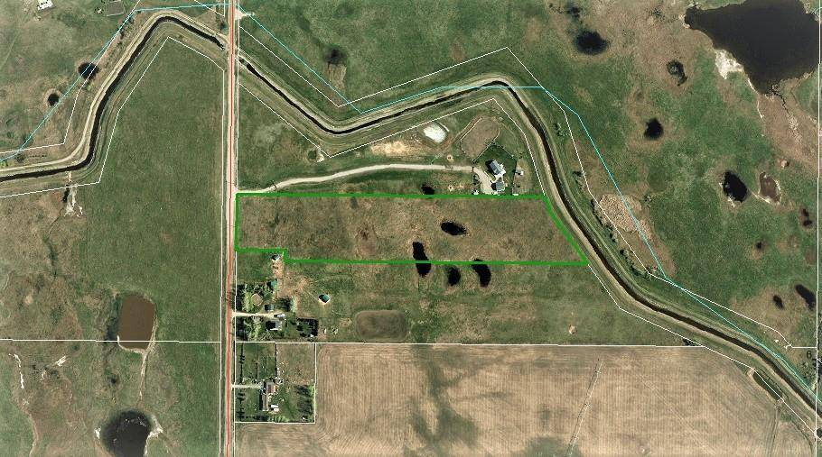 Home for sale at  10 Acres Rural Wheatland County Alberta - MLS: C4245694