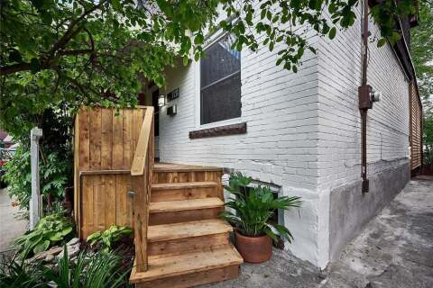 Townhouse for sale at 10 Archer St Toronto Ontario - MLS: C4783144