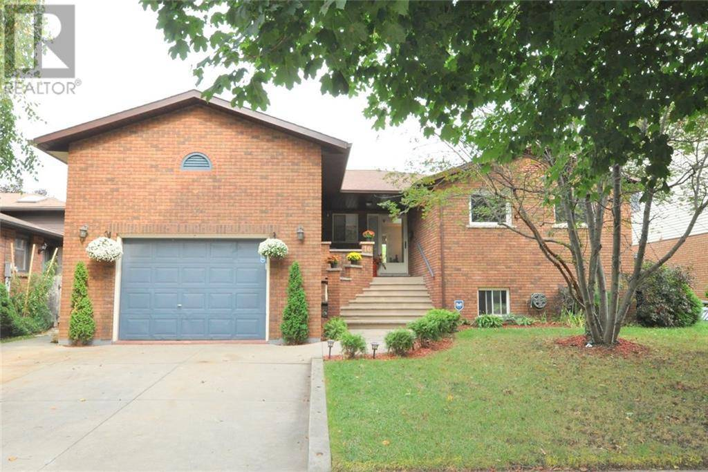 House for sale at 10 Astra St Stoney Creek Ontario - MLS: 30765591