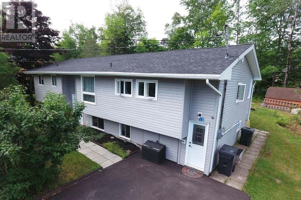 House for sale at 10 Bartlett Ave Hampton New Brunswick - MLS: NB046291