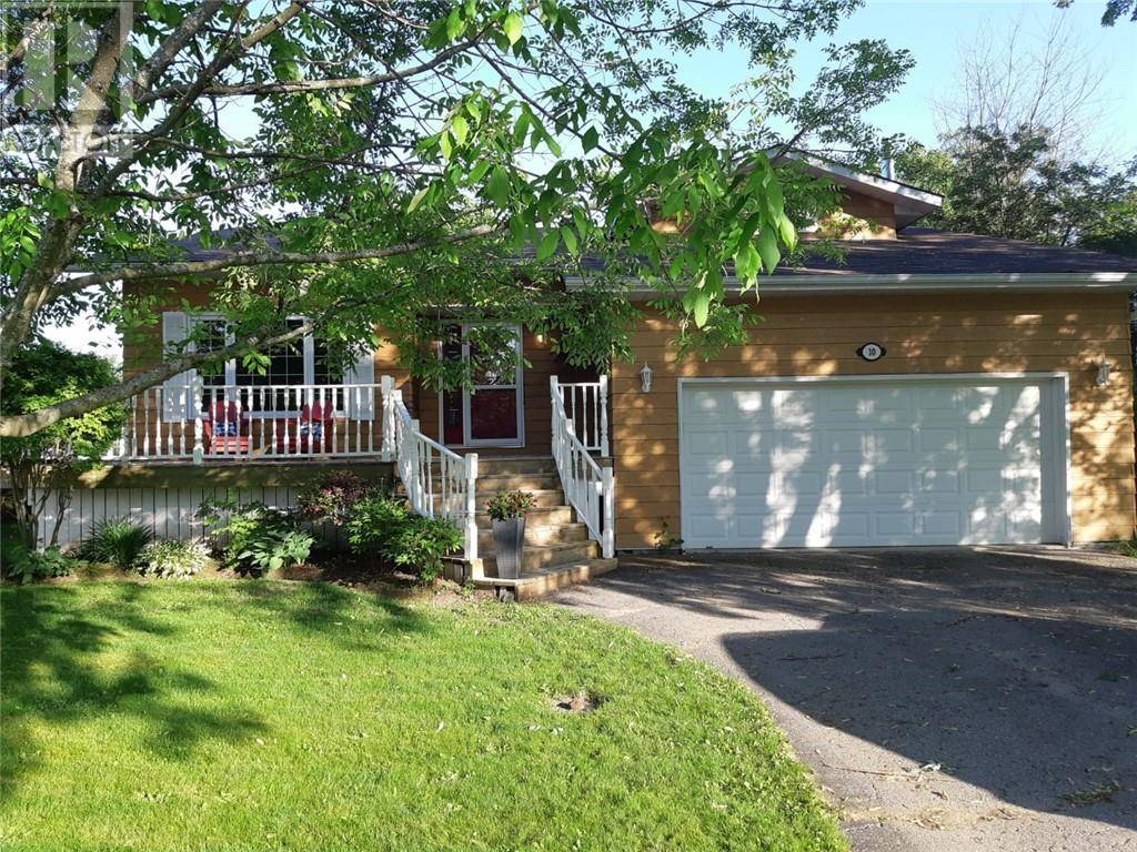 House for sale at 10 Bonnaventure Pl Penetanguishene Ontario - MLS: 196312