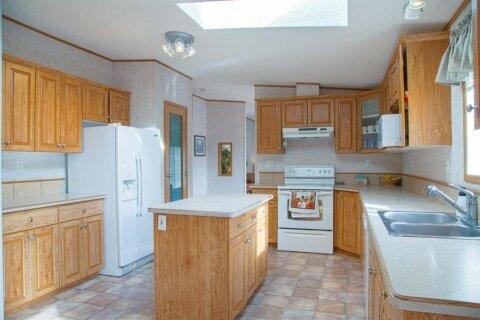 Property for rent at 10 Burroughs Ln NE Calgary Alberta - MLS: A1059204