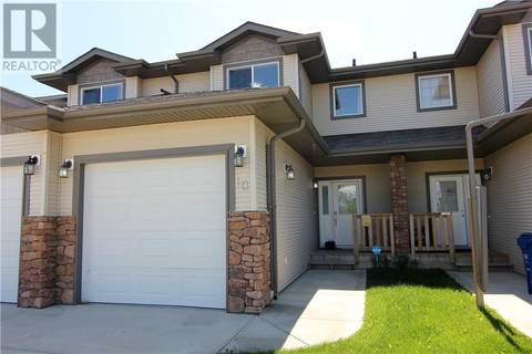 Townhouse for sale at 10 Camille Gt Blackfalds Alberta - MLS: ca0172142