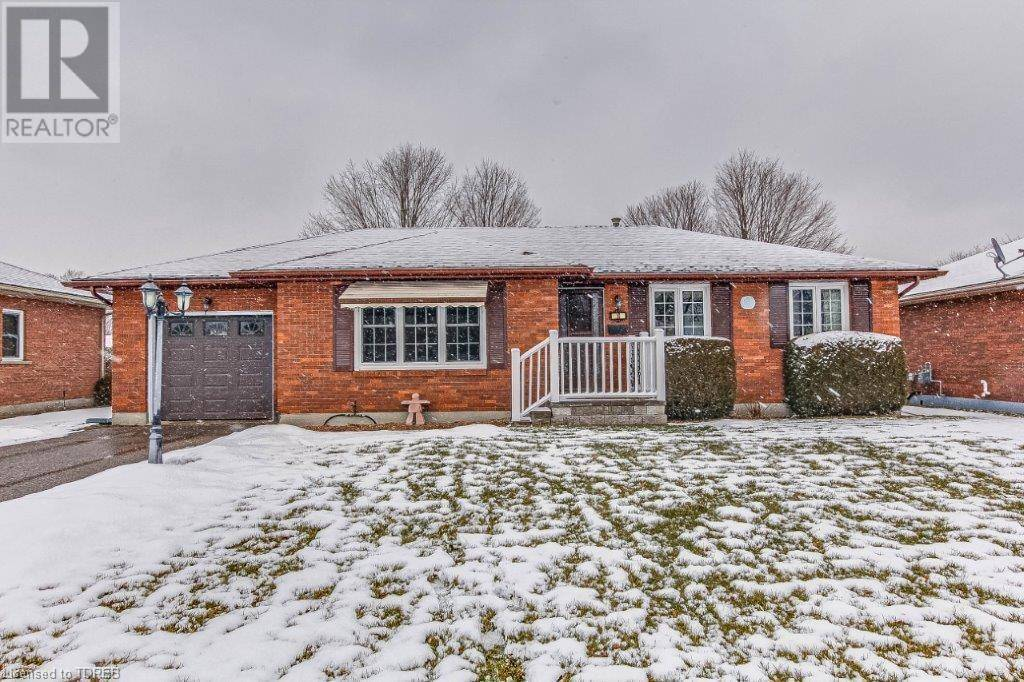 House for sale at 10 Clear Valley Dr Tillsonburg Ontario - MLS: 243947