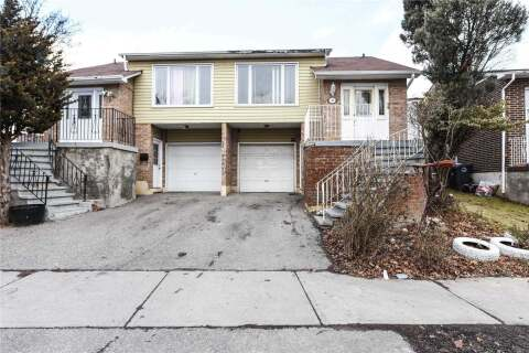Townhouse for sale at 10 Courtleigh Sq Brampton Ontario - MLS: W4814082