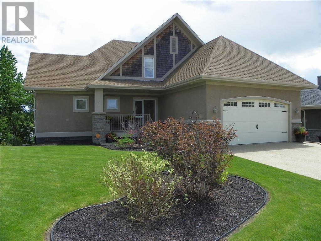 House for sale at 10 Cranna Cove Lacombe Alberta - MLS: ca0169401
