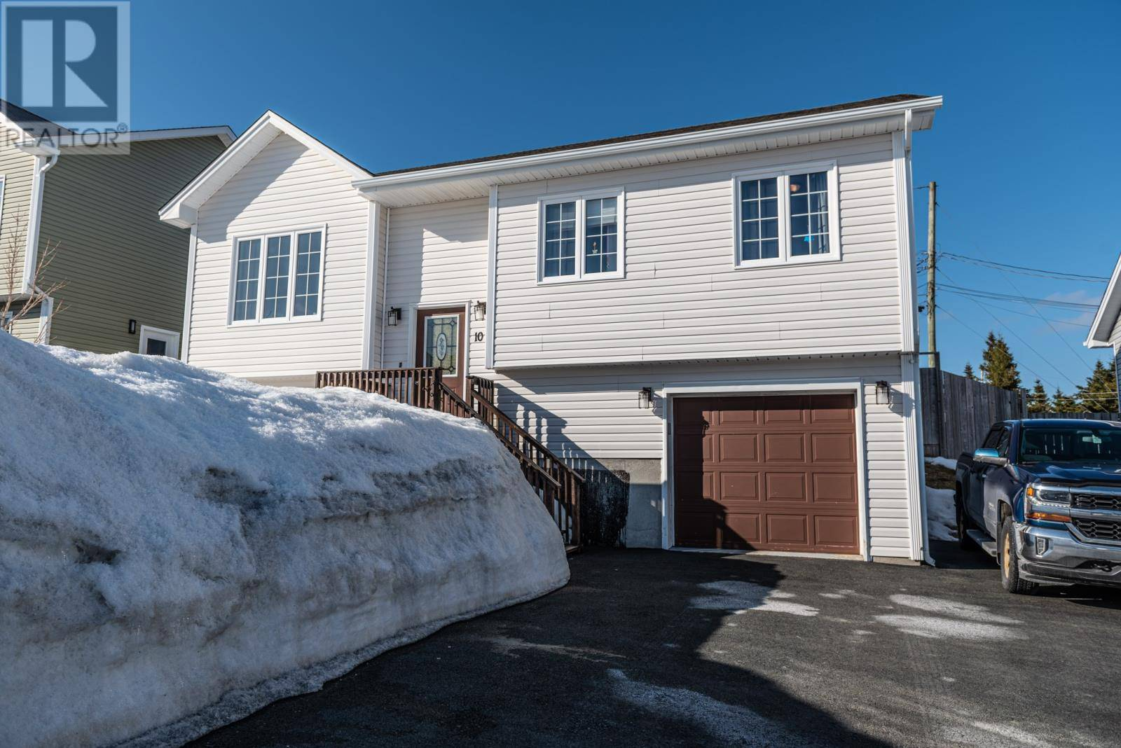 House for sale at 10 Crimson St Paradise Newfoundland - MLS: 1212450