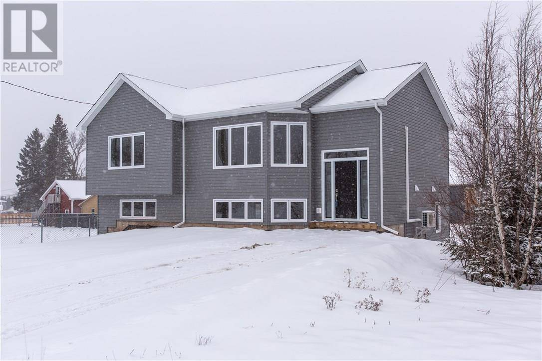 House for sale at 10 Cumberland St Moncton New Brunswick - MLS: M126015