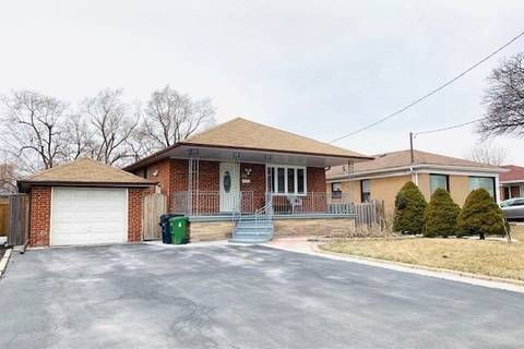 House for sale at 10 Datchet Rd Toronto Ontario - MLS: W4400438