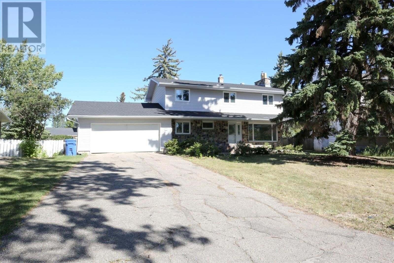 House for sale at 10 Dunn Pl Regina Saskatchewan - MLS: SK826649