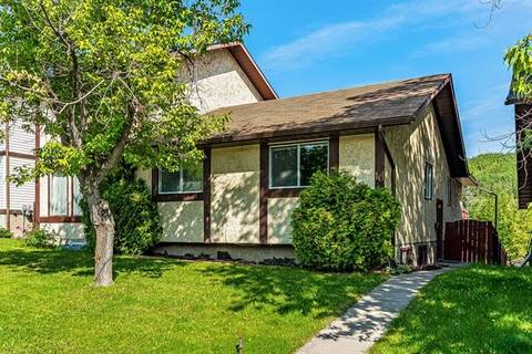 Townhouse for sale at 10 Edgewood Ri Northwest Calgary Alberta - MLS: C4257870