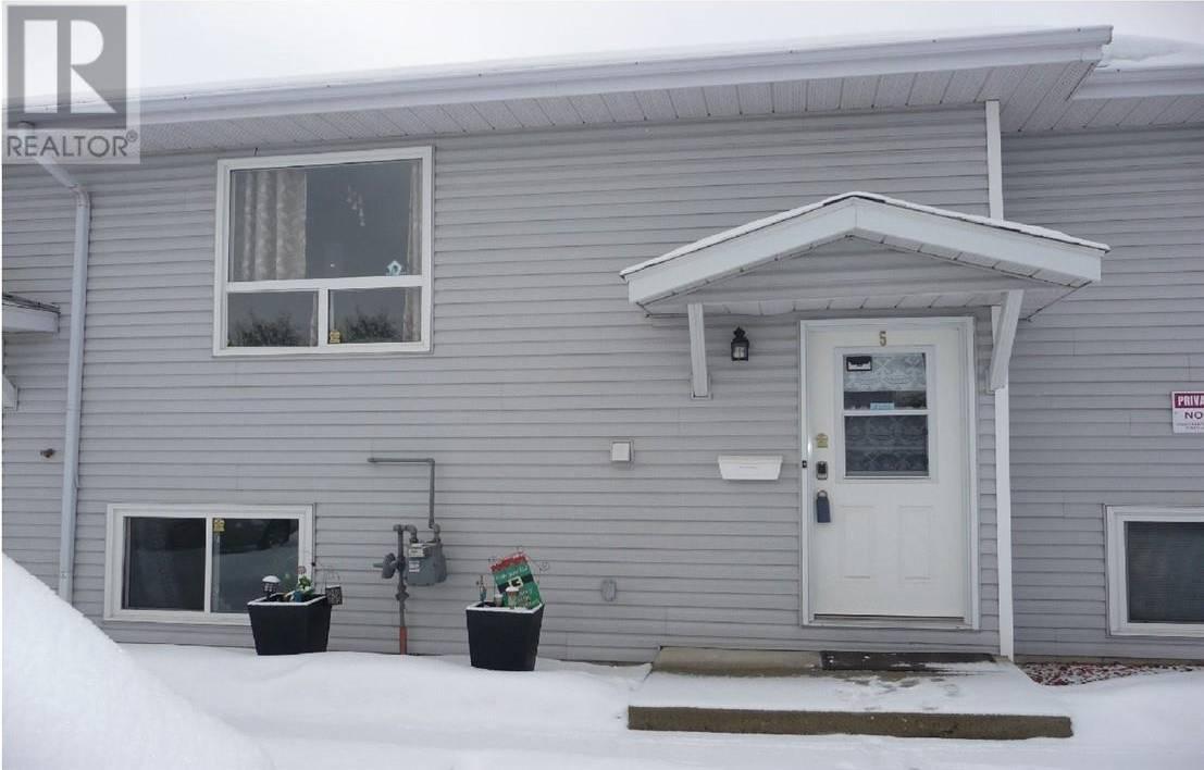 Townhouse for sale at 10 Fairbank Rd Red Deer Alberta - MLS: ca0189015