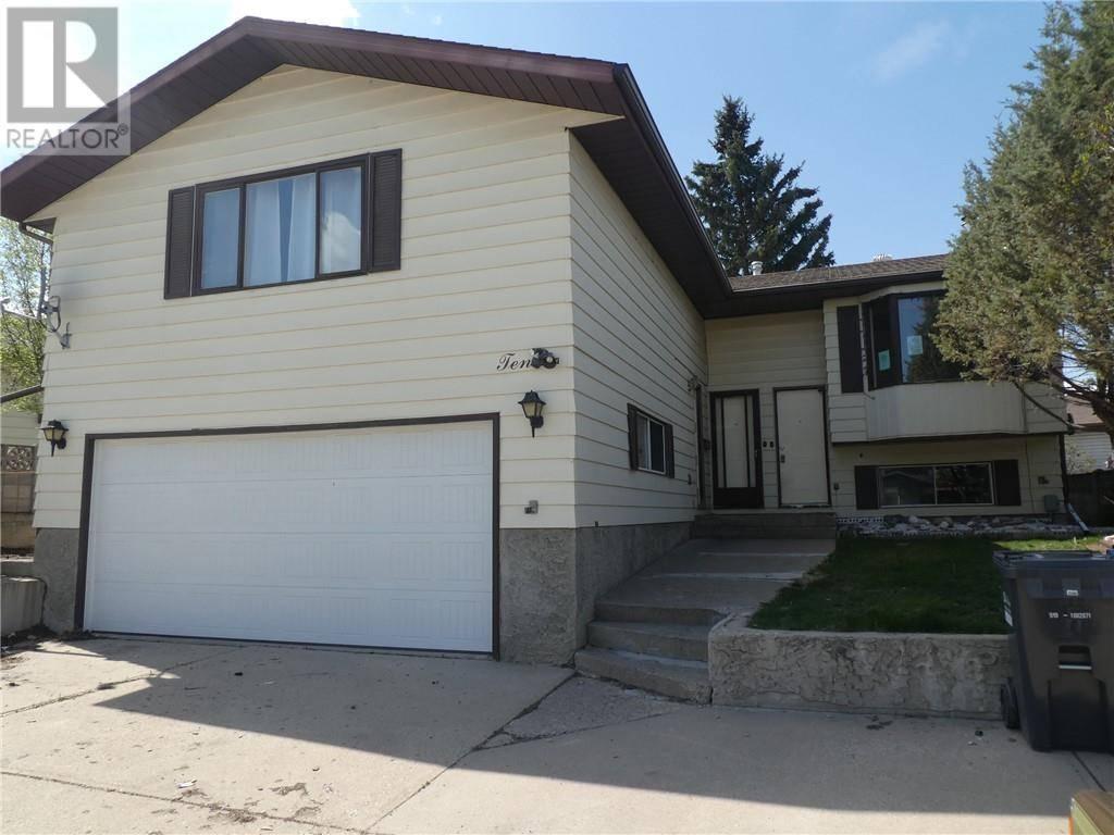 House for sale at 10 Gordon St Red Deer Alberta - MLS: ca0181125