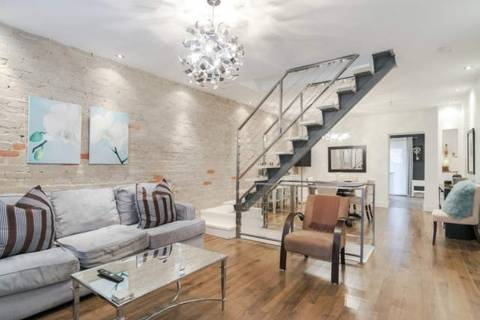 Townhouse for sale at 10 Hannaford St Toronto Ontario - MLS: E4734597