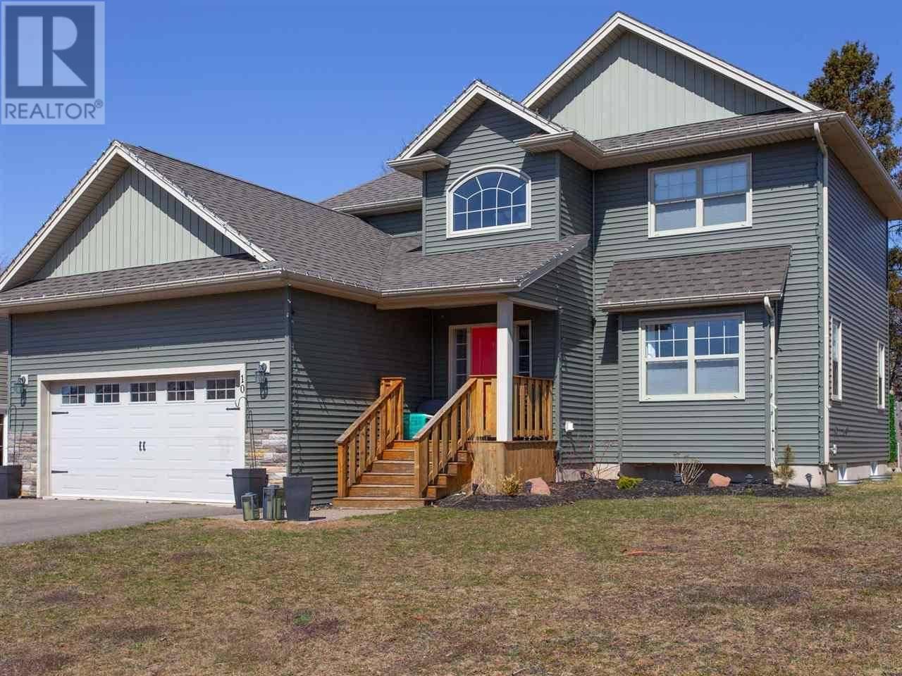 House for sale at 10 Horseshoe Blvd Charlottetown Prince Edward Island - MLS: 202004630