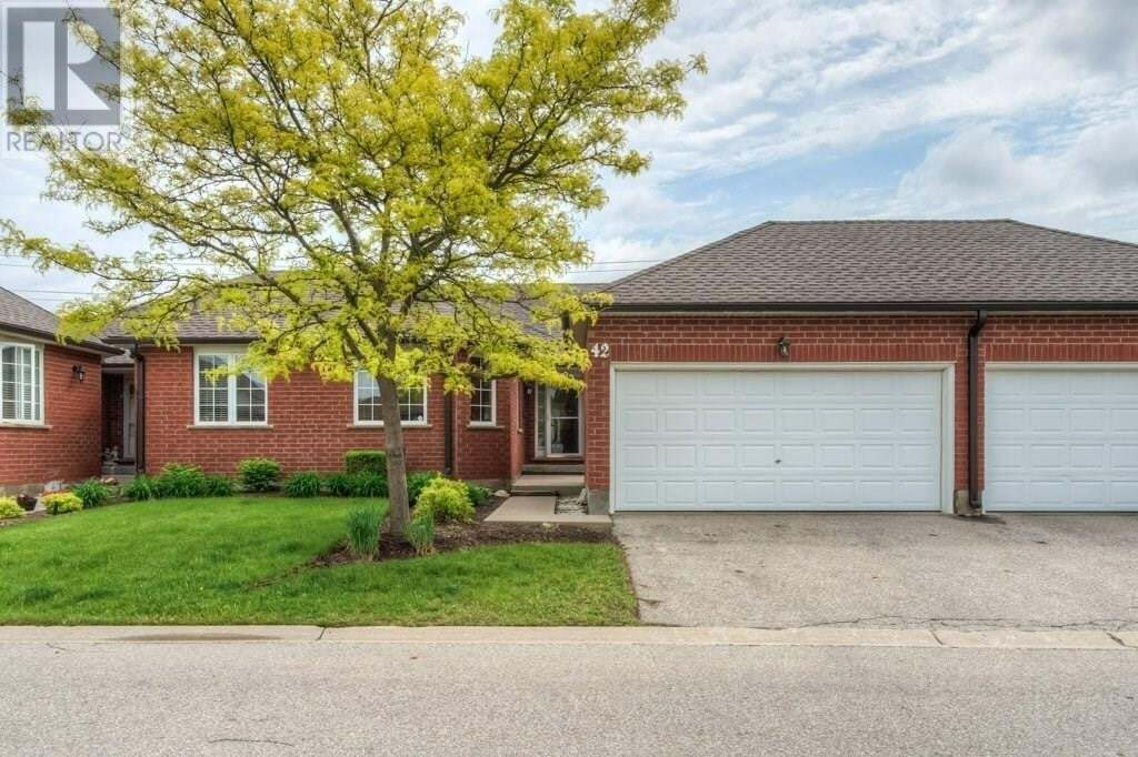 Townhouse for sale at 10 Isherwood Ave Cambridge Ontario - MLS: 30811108