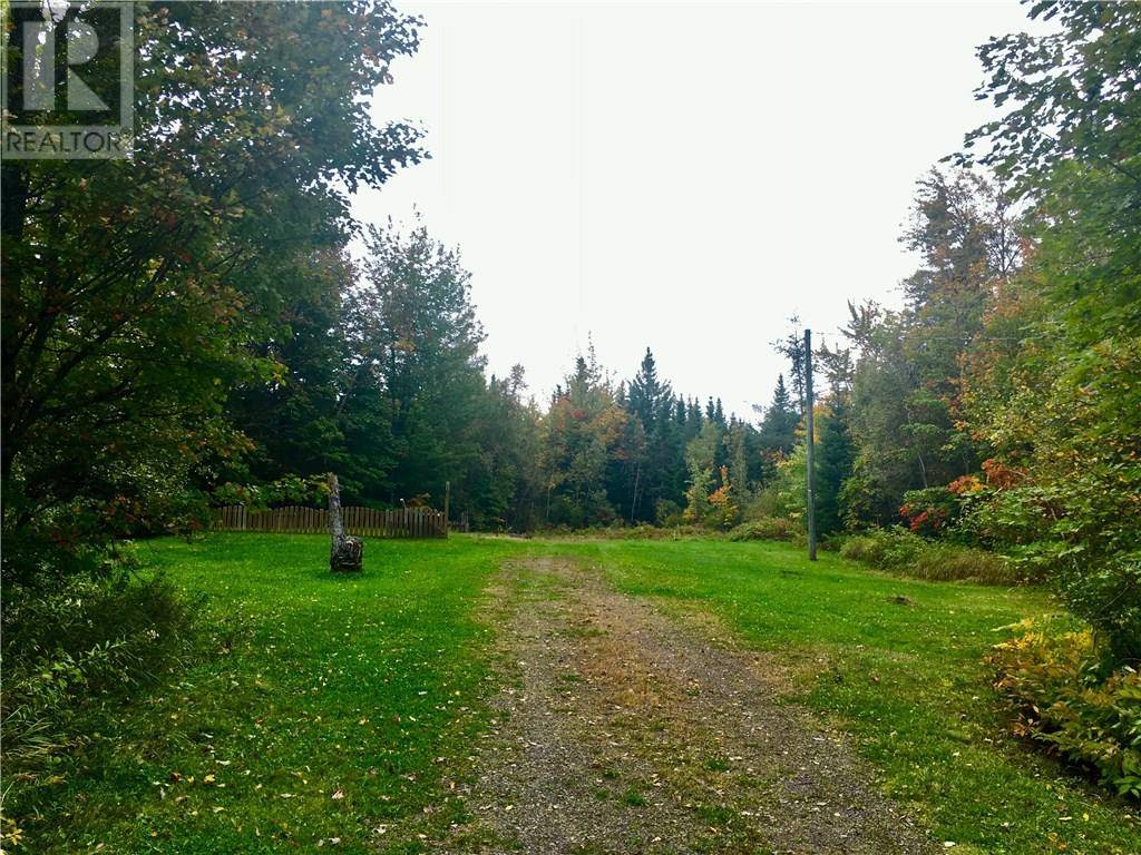 Home for sale at 10 Les Lutes Rd Steeves Mountain New Brunswick - MLS: M126962