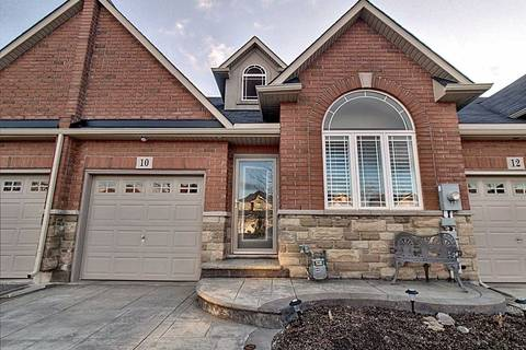 Townhouse for sale at 10 Lilyvalley Ln Hamilton Ontario - MLS: X4670969