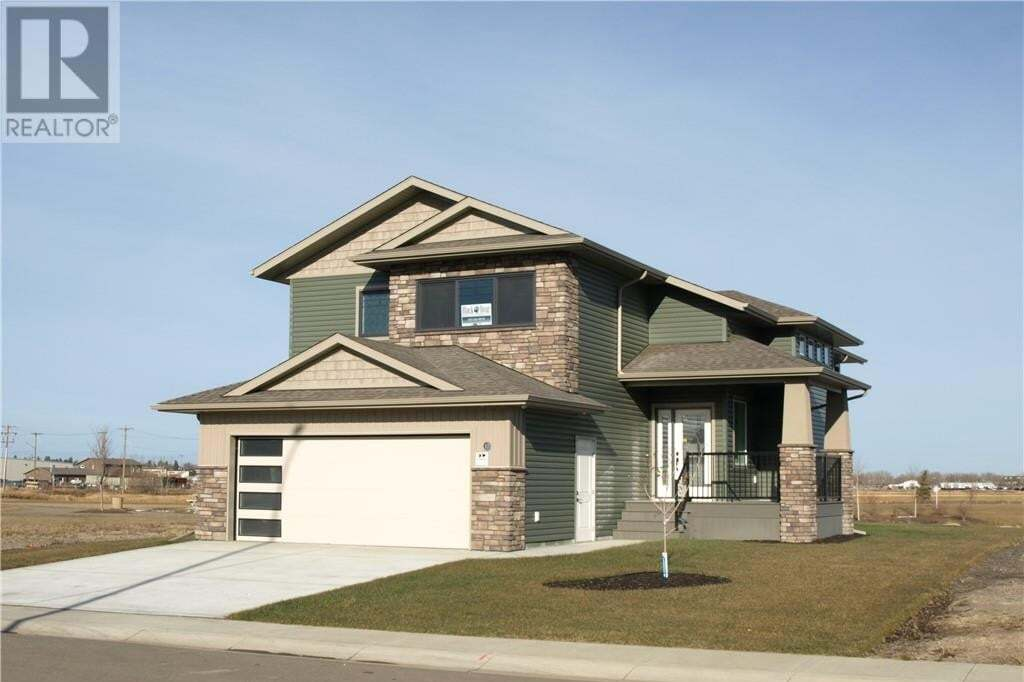House for sale at 10 Mackenzie Ave Lacombe Alberta - MLS: CA0183032