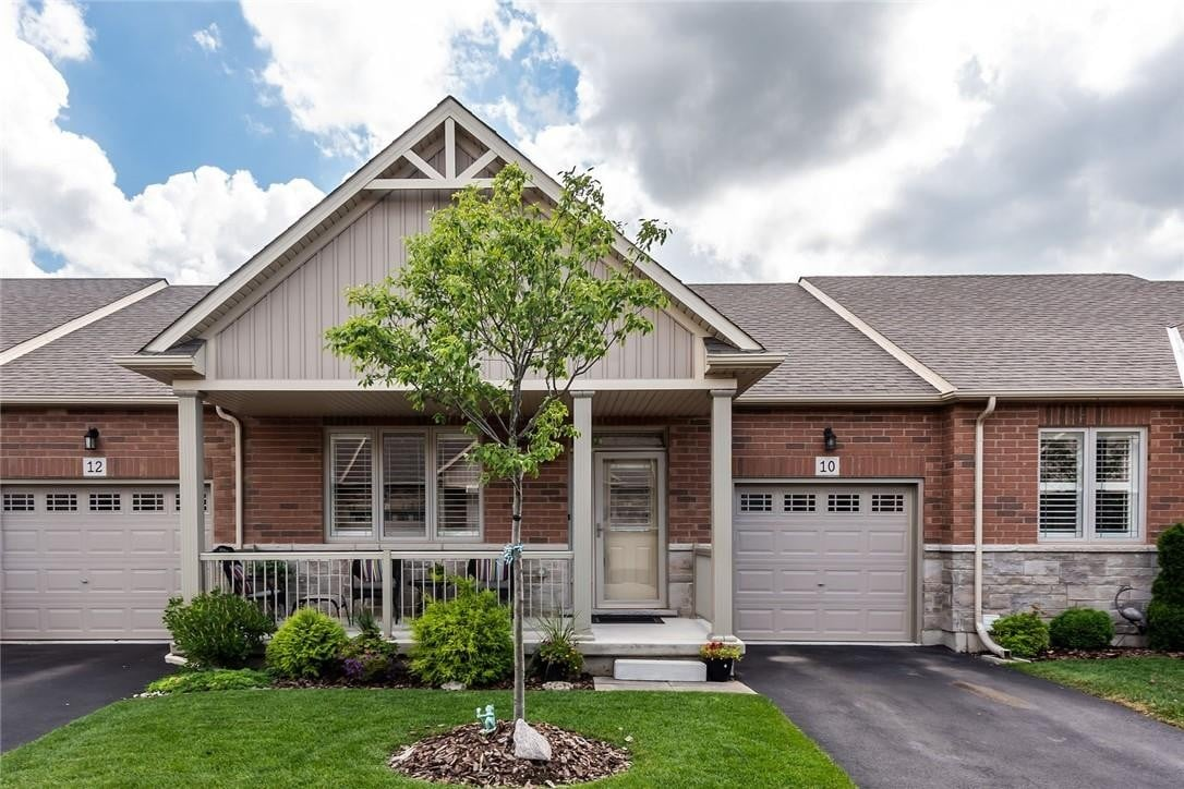 Townhouse for sale at 10 Mckinnell Ln Binbrook Ontario - MLS: H4083908