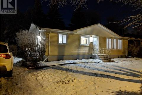 House for sale at 10 Mcnab Cres Regina Saskatchewan - MLS: SK800670