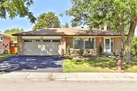 House for sale at 10 Navan Cres Aurora Ontario - MLS: N4570895