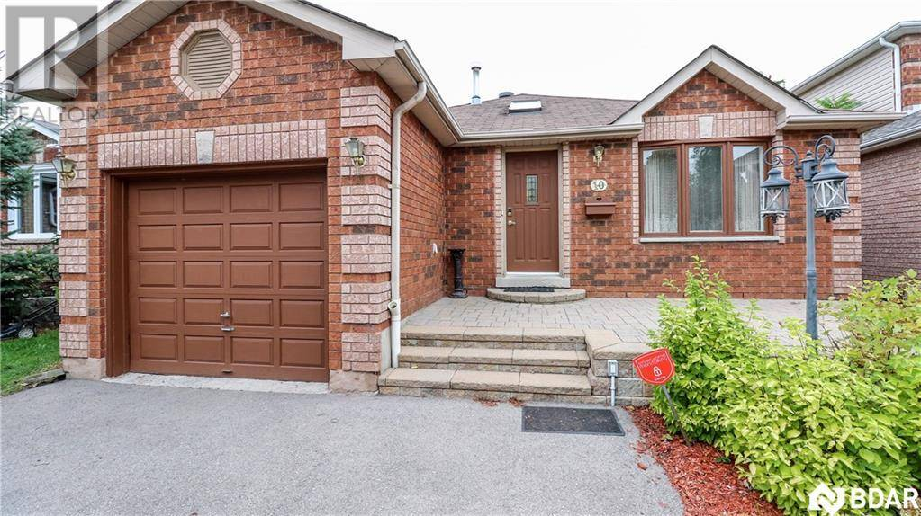 House for sale at 10 Orok Ln Barrie Ontario - MLS: 30770734