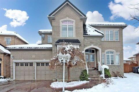 House for sale at 10 Packham Circ Brampton Ontario - MLS: W4998817