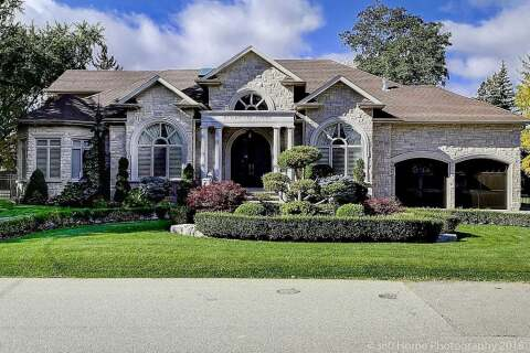 House for sale at 10 Parkway Ave Vaughan Ontario - MLS: N4885086