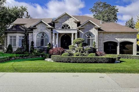 House for sale at 10 Parkway Ave Vaughan Ontario - MLS: N4495399