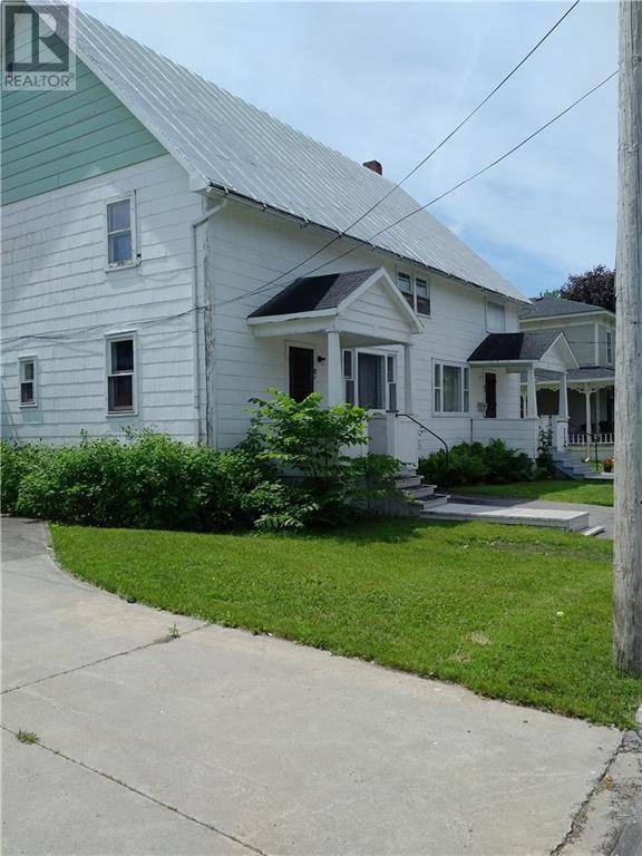 Townhouse for sale at 10 Peter St Maxville Ontario - MLS: 1171773