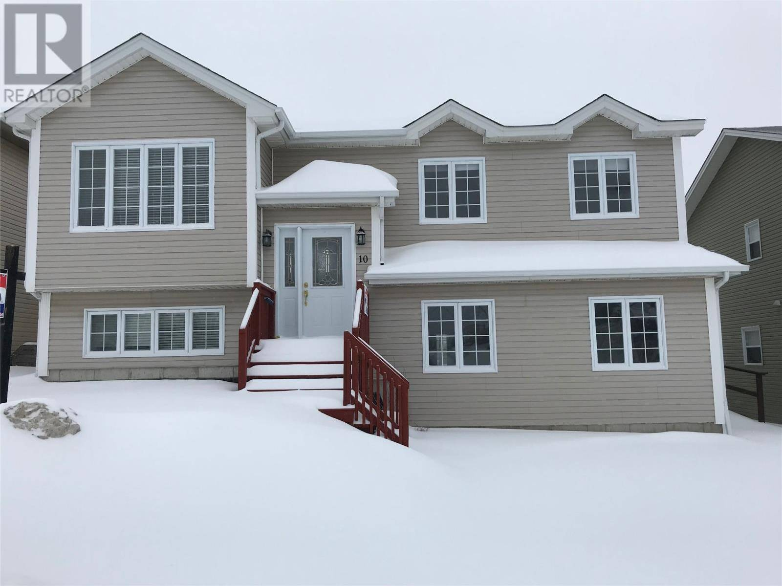 House for sale at 10 Petite Forte Dr St. John's Newfoundland - MLS: 1211623