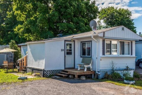 House for sale at 10 Pinewood Ave Carleton Place Ontario - MLS: 1205549