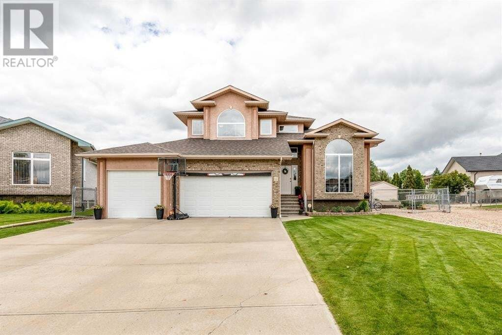 House for sale at 10 Riverview Dr Southeast Redcliff Alberta - MLS: A1006555