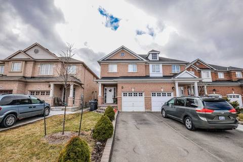Townhouse for rent at 10 Seed Ct Brampton Ontario - MLS: W4487311