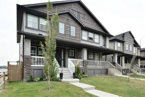 Townhouse for sale at 10 Skyview Point Li Northeast Calgary Alberta - MLS: C4259495