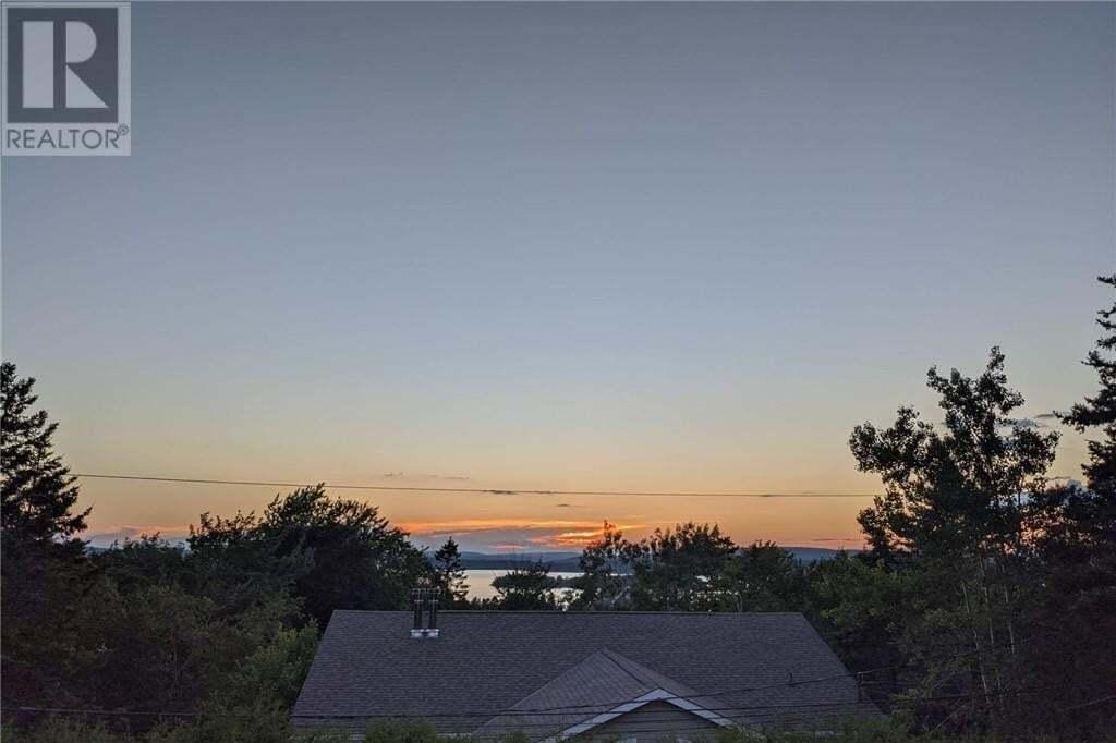 House for sale at 10 Spruce Grove Te Saint John New Brunswick - MLS: NB046679