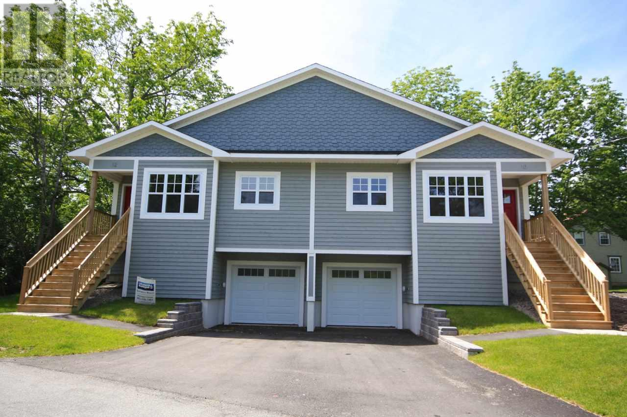 Removed: 10 Spur Street, Mahone Bay, NS - Removed on 2019-03-16 05:12:04